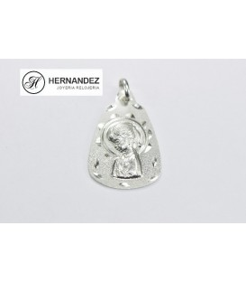 Medalla V.Niña Triangulo Labrada Plata de Ley 925 mls